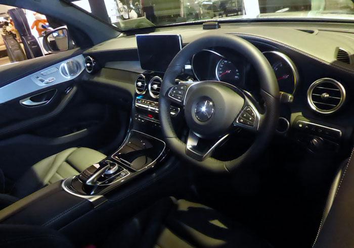 Intérieur d'une Mercedes GLC Coupé