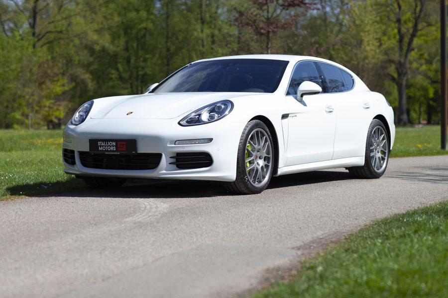 Une Porsche d'Allemagne importée par Stallion Motors